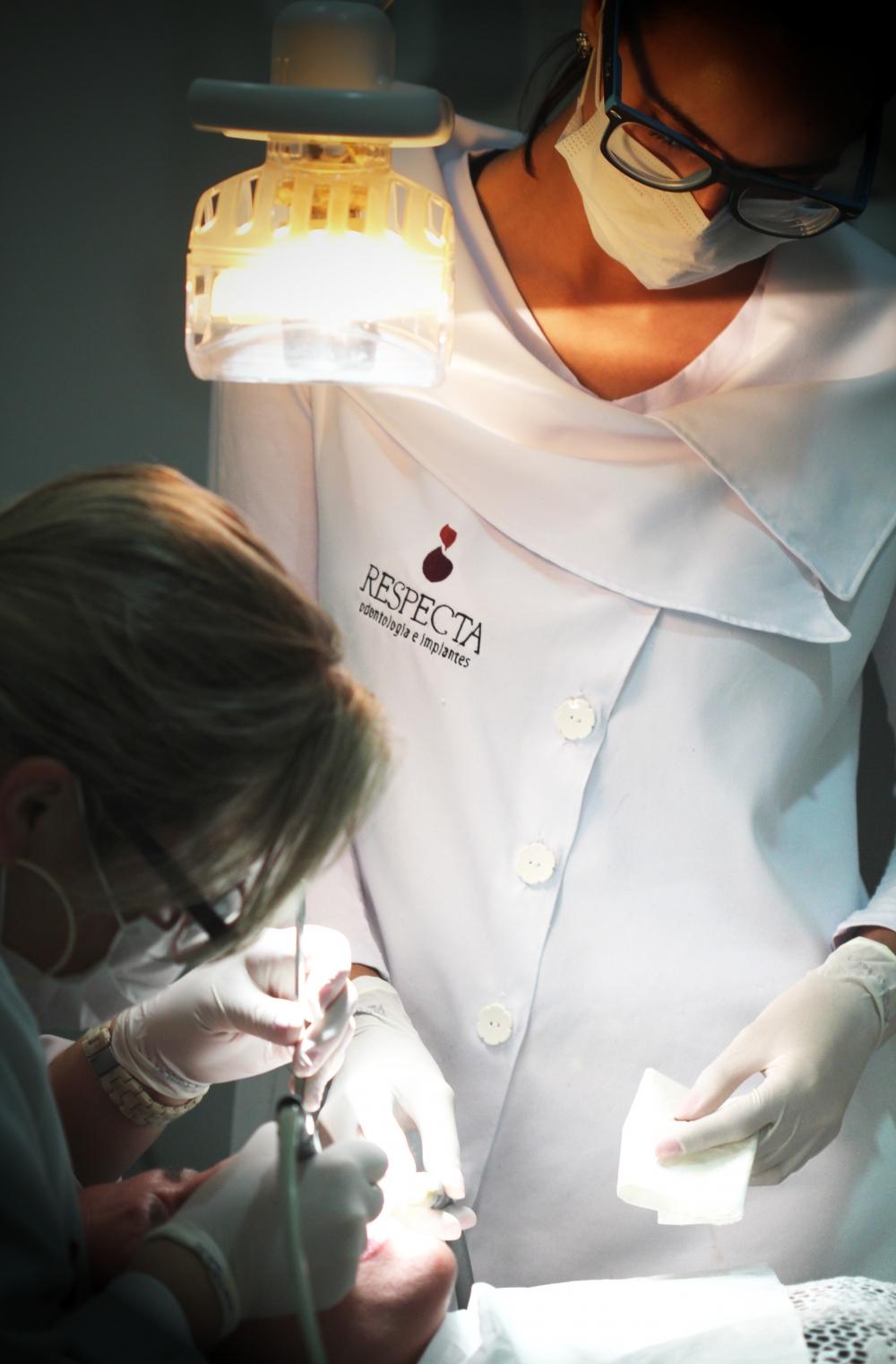 Preço Clínica Dentista no Jardim Santo Antônio - Clínica de Odontologia